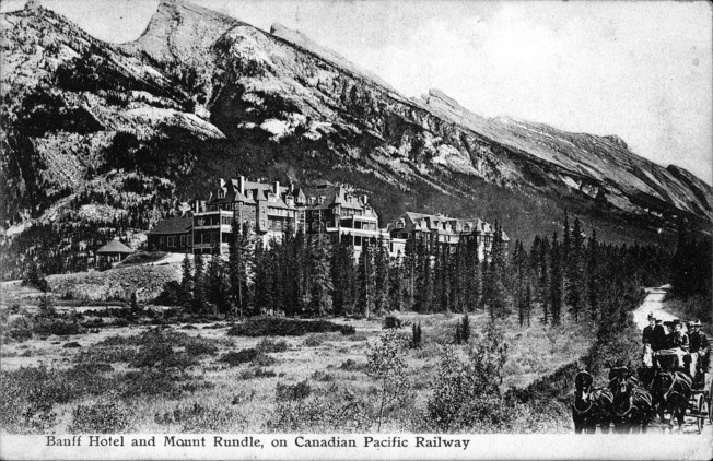 [Banff Hotel and Mount Rundle on Canadian Pacific Railway Postcard]